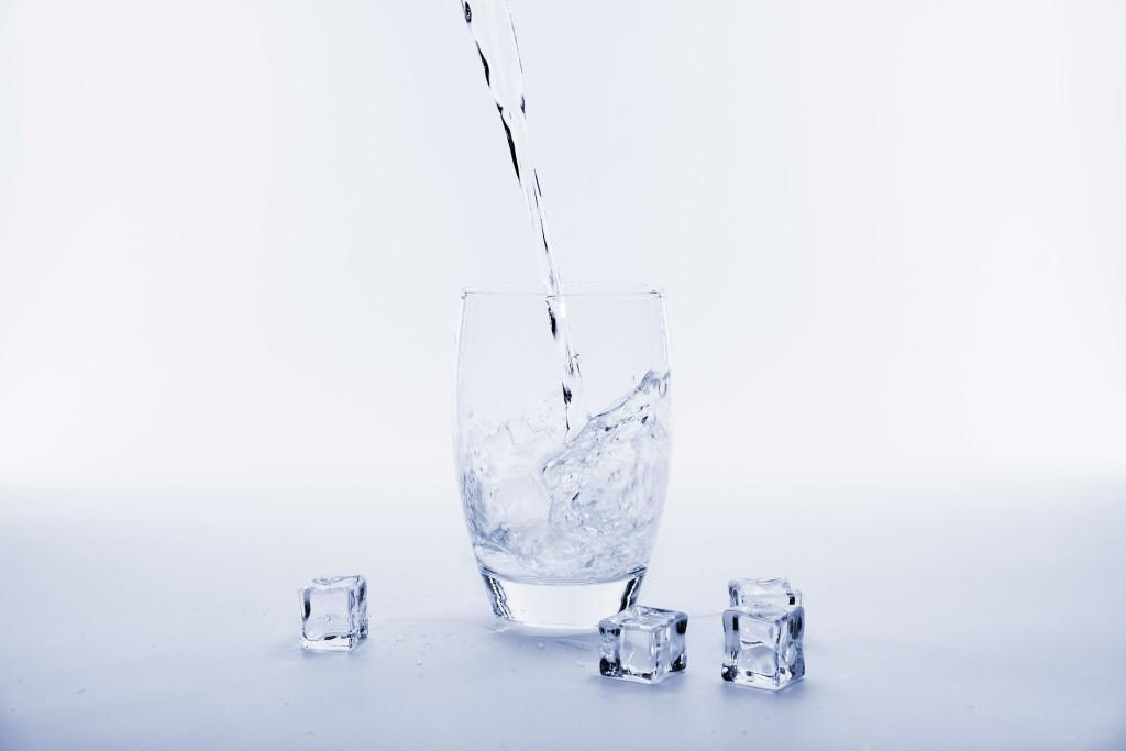 Welches Wasser sollte man für Eiswürfelmaschinen verwenden